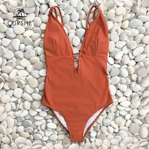 CupShe Scarlett Red One Piece Swimsuit XL